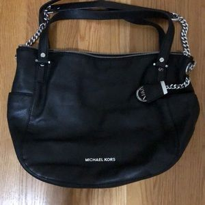 Michael Kors Black leather bag. Very lightly used